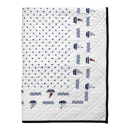 "Quilt ""Noah"" (white), 120 x 120 cm von GreenGate. Kids bed cover"